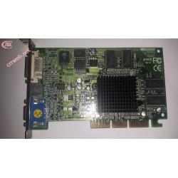Gráfica ATI Radeon 7000 64MO AGP 64MB usada