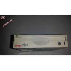 Unidad Iomega ZIP interna usada